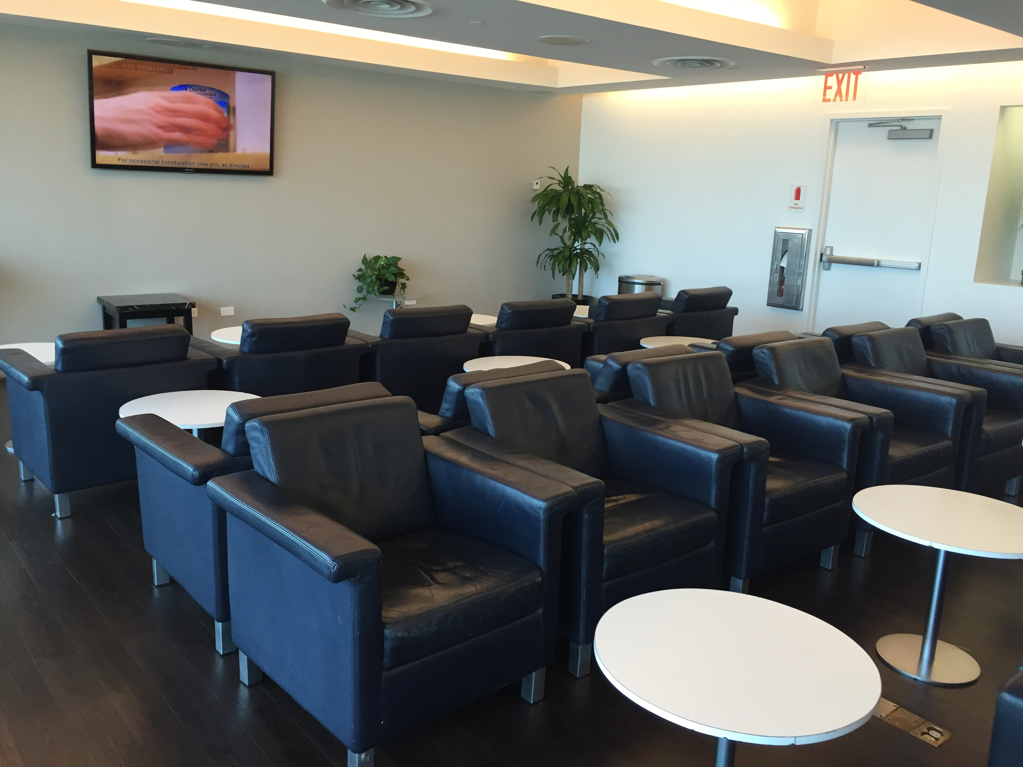 Wingtips JFK Lounge Seats 1