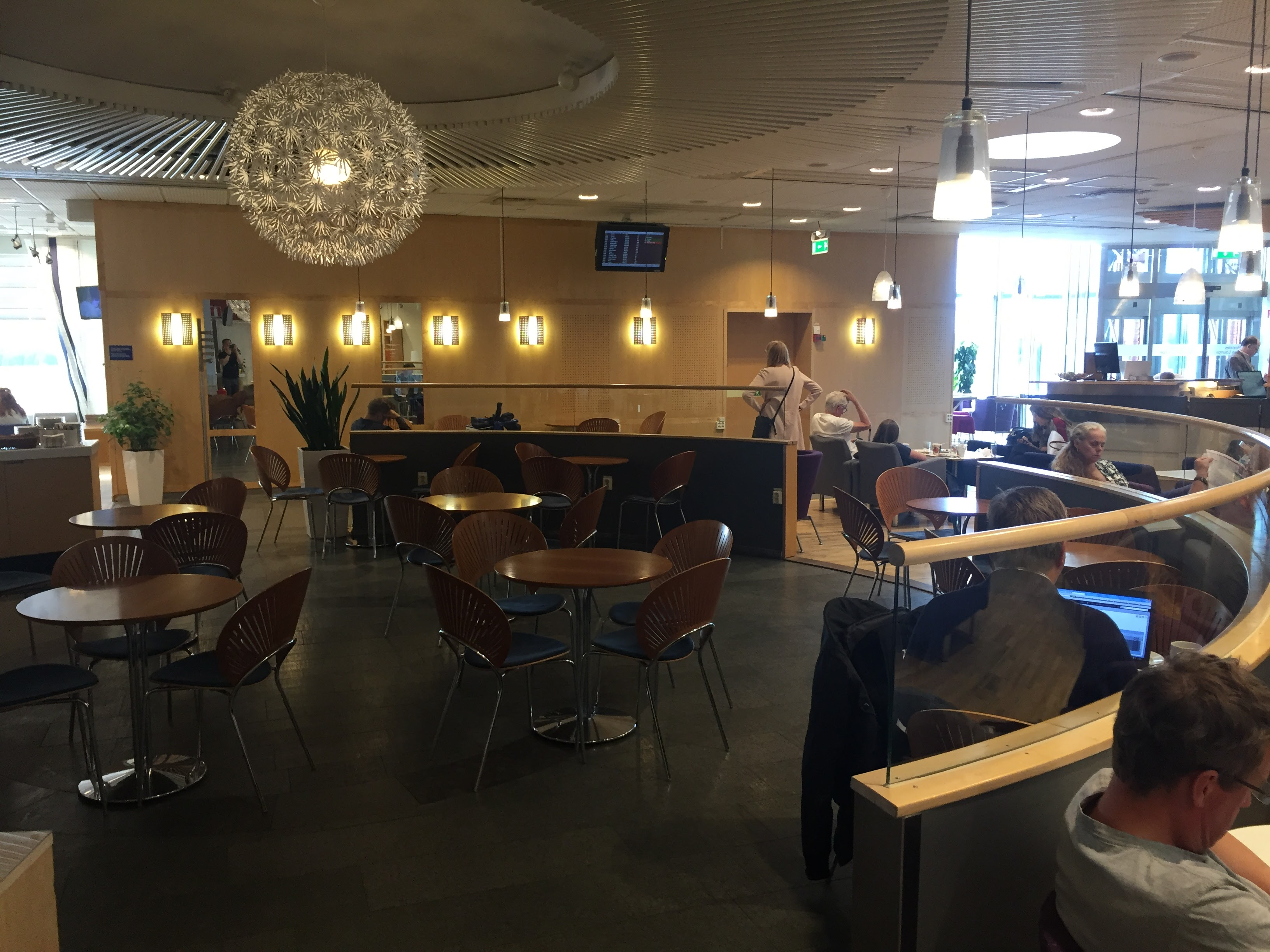 Menzies Business Lounge ARN Cafeteria