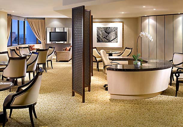 Executive Club Lounge at the Singapore Marriott, courtesy of Marriott.