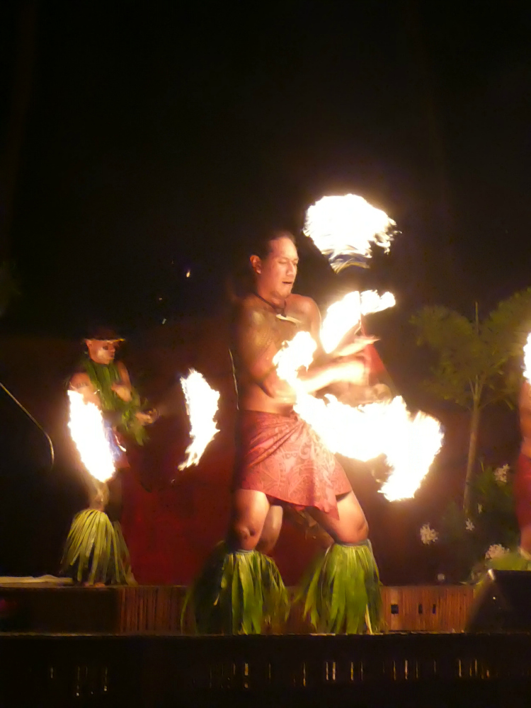Fire dancer at the Westin Maui. A point for Westin in the Westin Maui vs. Sheraton Maui showdown.