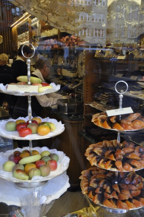 Marzipan and candied fruits