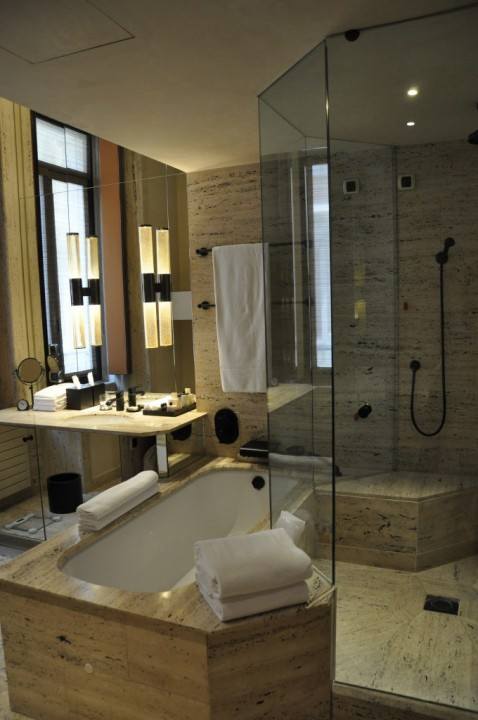 The bathroom of our Park Hyatt Milan Room