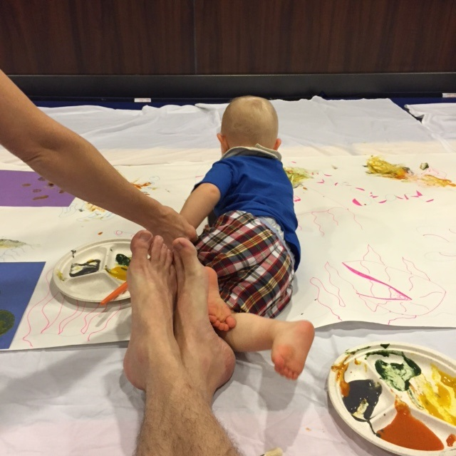 Free family activities in the playroom for toddlers